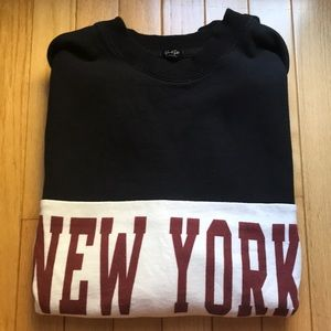 BRANDY MELVILLE NEW YORK SWEATSHIRT OS